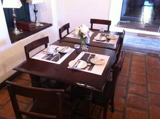 Hacienda de Molinos: Table pour le petit déjeuner