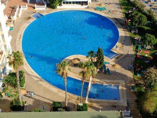 Hotel Cavanna: Vista de la piscina
