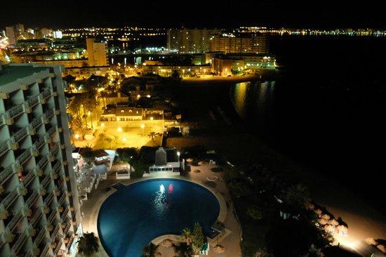 Hotel Cavanna: Nocturna desde la habitacion