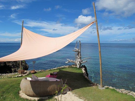 U-Story Guesthouse : 天然的泳池