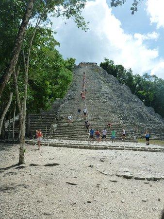 Ruinas de Coba: The largest ruin