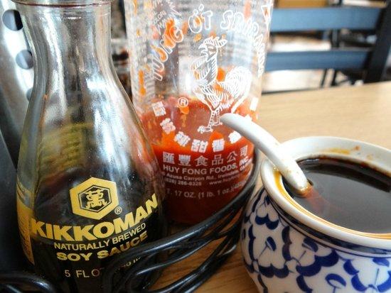 Classic Saigon : Sauces