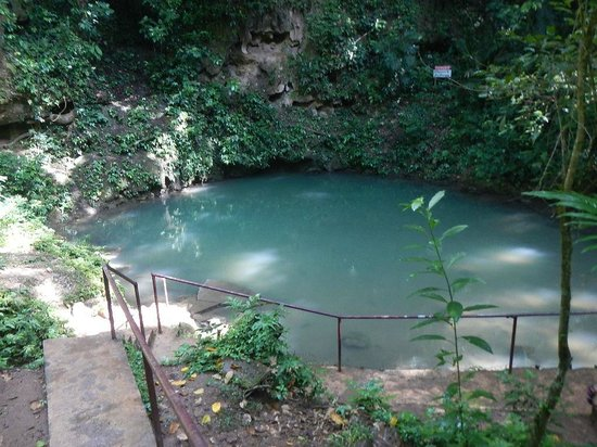 Blue Hole National Park: As advertised, lol.