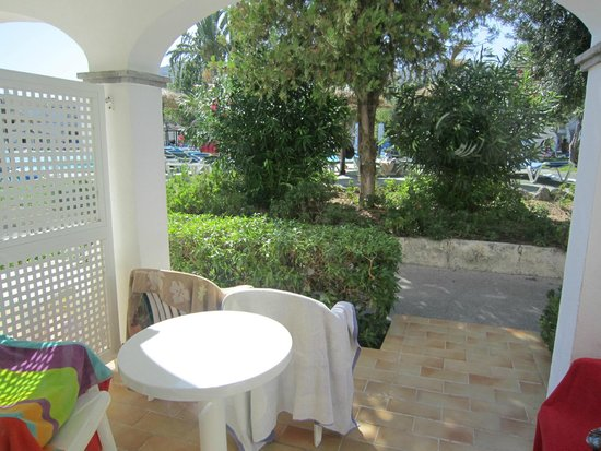 Seaclub Mediterranean Resort: Terraza