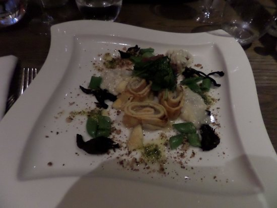 Bedford Lodge Hotel: dinner at Squires, the hotel restaurant