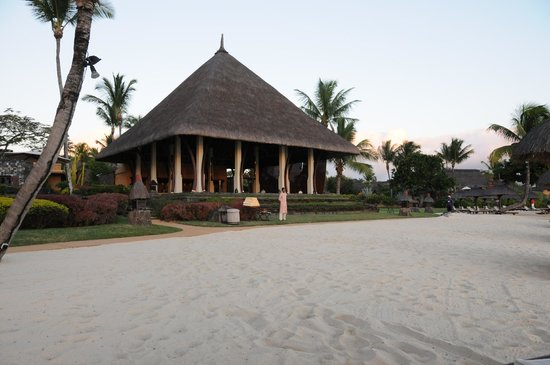The Oberoi, Mauritius: The Bar from the beach