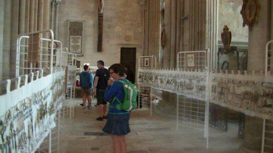 Cathédrale Notre-Dame de Bayeux : Inside