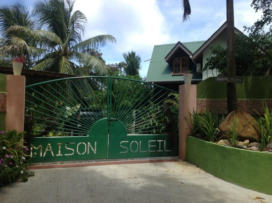 Maison Soleil : The entrance