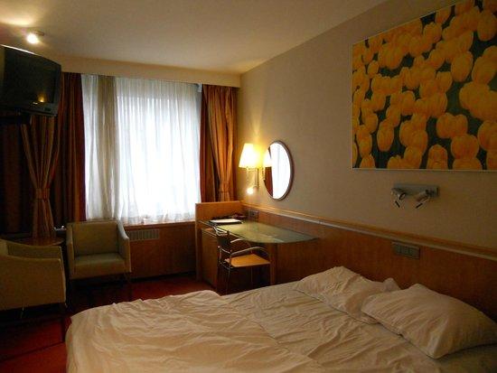 De Keyser Hotel: Kamer