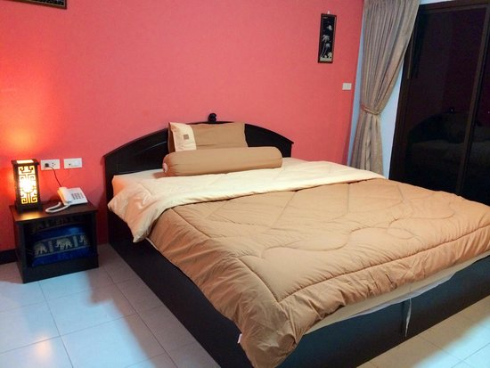 Patong Bay Guesthouse : Room Superior