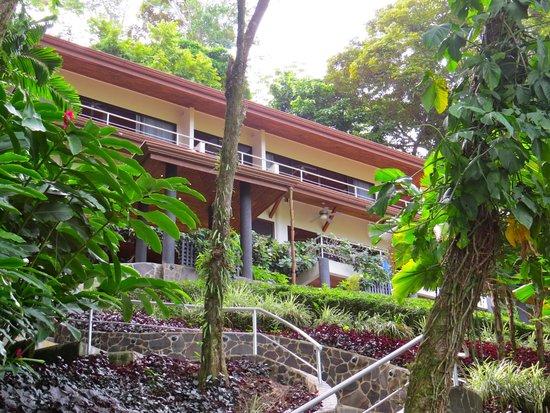 Paradise Breezes: Villa Exotica