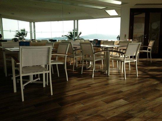 Cafe Delos: Restaurant