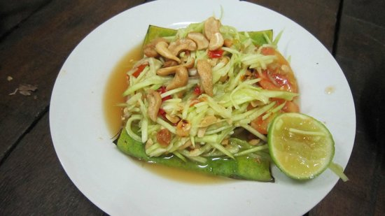 E-San Seafood : Mango Salad - Really spicy if you request