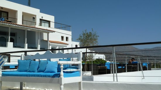 Elounda Ilion Hotel: View from pool