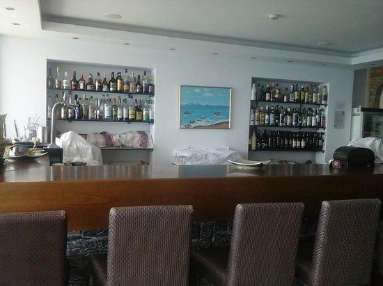Elounda Ilion Hotel : Inside Bar