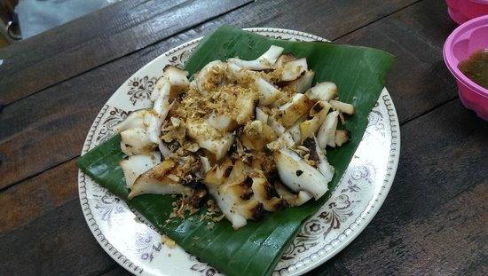 E-San Seafood: Grilled squid