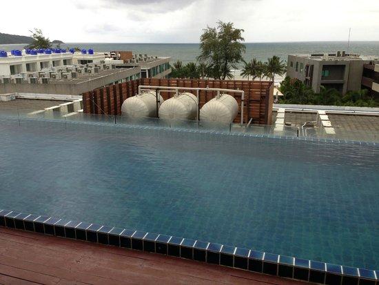 7Q Hotel: Piscine sur le toit