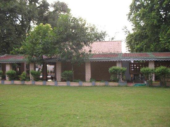 Gateway Retreat Sanchi: peaceful corners to meditate