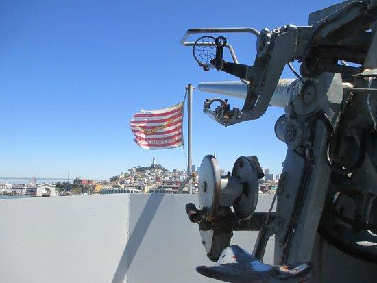 SS Jeremiah O'Brien : big gun