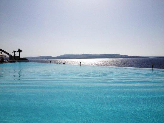 Cafe del Mar Malta: Infinity pool
