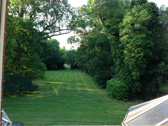 Waterhall Country House, Gatwick: View from Room 6