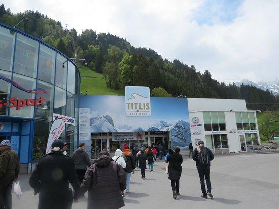 Mount Titlis: titlis entrance