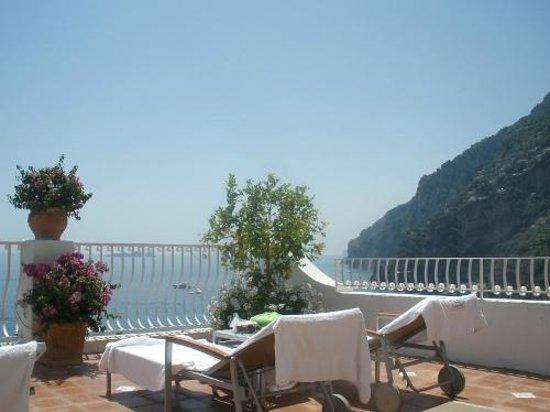 Hotel Marincanto: The corner of the main sun deck
