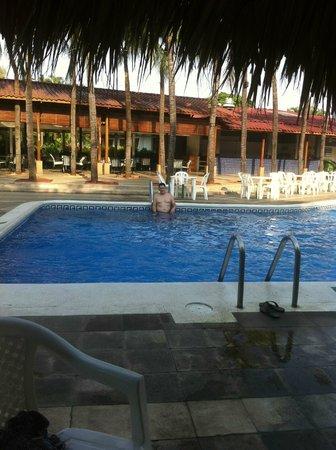 Globales Camino Real: pool