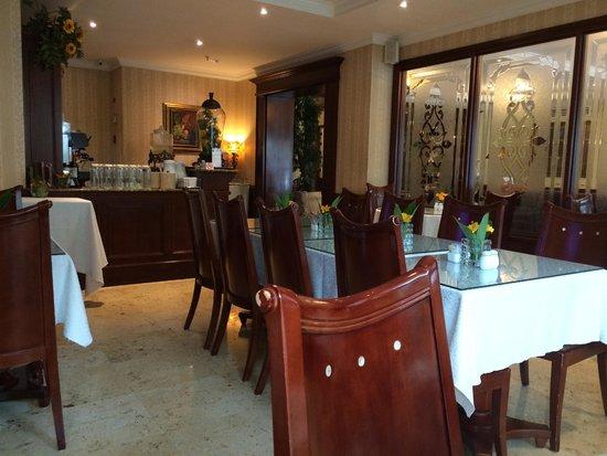 Toscana Inn Hotel : Dinning room
