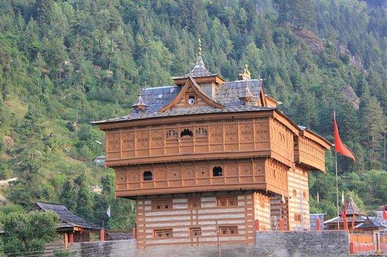 The Srikhand (HPTDC): bhimkali temple the centre of sarahan