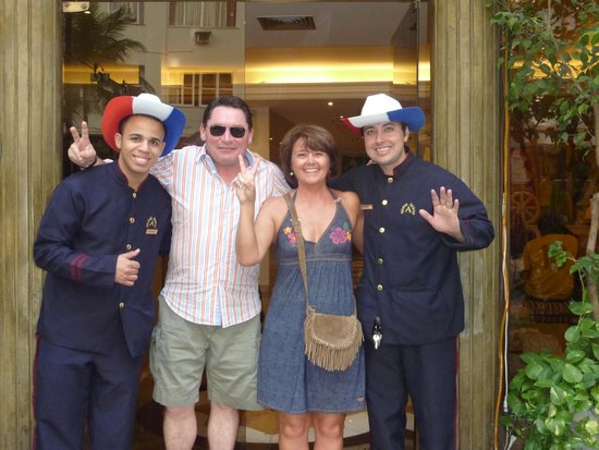 Augusto's Copacabana Hotel: Paulo et Celso