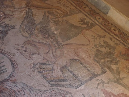 Villa Romana del Casale: Un griffon
