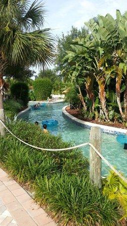 Holiday Inn Club Vacations At Orange Lake Resort: part of the lazy river