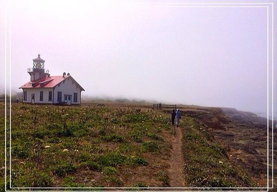 Point Cabrillo Light Station State Historic Park: Fog rolled in