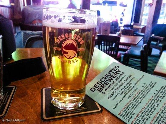 Deschutes Brewery: Pine Mountain Pilsner