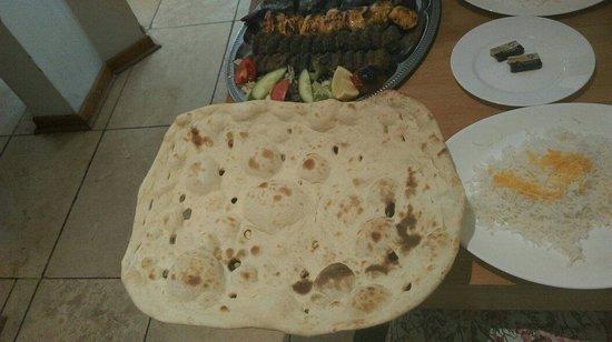 Mowlana Persian Restaurant: THAT bread!