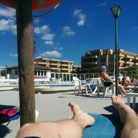 Playa Moreia Apartments : Pool view