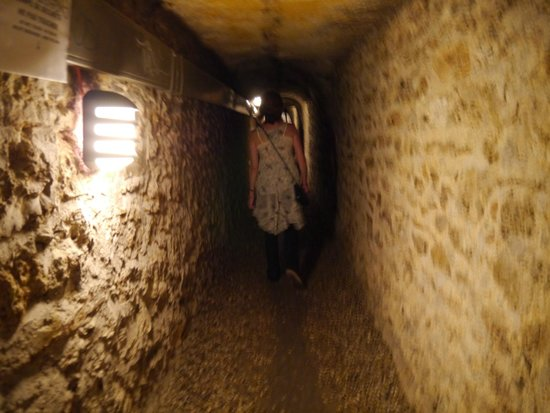 The Catacombs: Walking....
