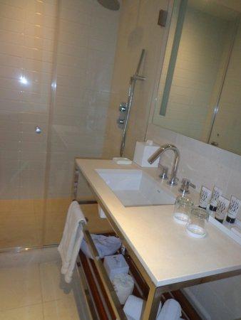 Cassa Hotel 45th Street New York: Salle de bains