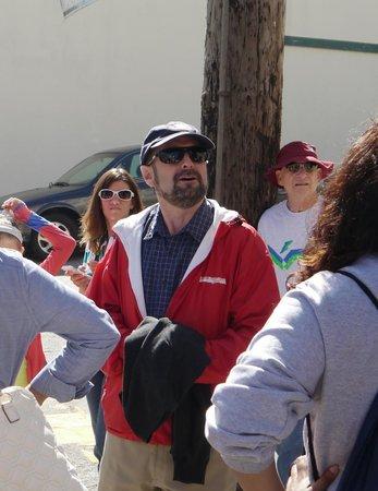 San Francisco Shuttle Tours: Jason:  great guide