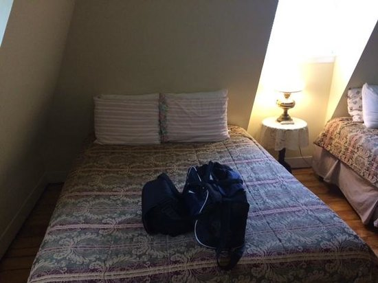 Inn on Bellevue: Bed