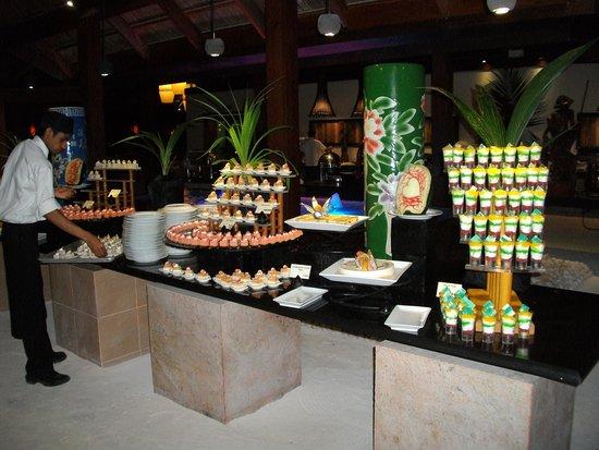 Meeru Island Resort & Spa : Desserts