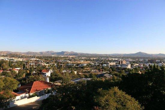 Hotel Heinitzburg: Ausblick über Windhoek