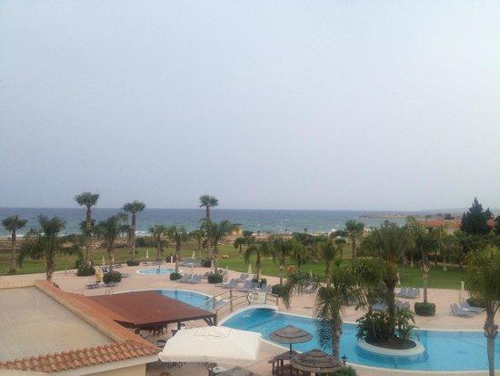 Anmaria Hotel: Вид из номера, море, бассейн
