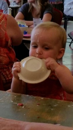 Mary's Southern Grill: Baby approved!