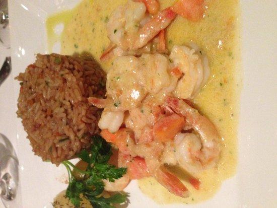 Lo Restaurante: O arroz estava bom... Já o camarão...