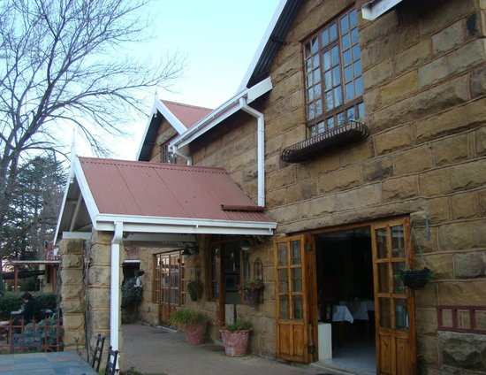 Lake Clarens Guest House: Side View