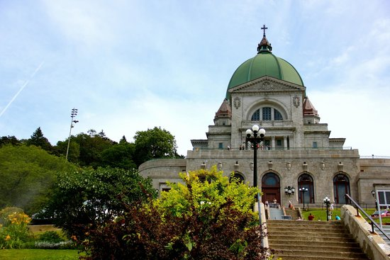 St. Joseph's Oratory of Mount Royal: Monumental