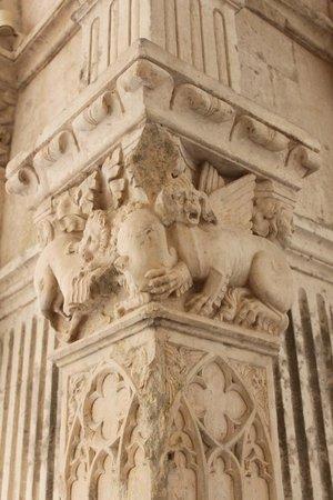 Abbaye de Montmajour : détails