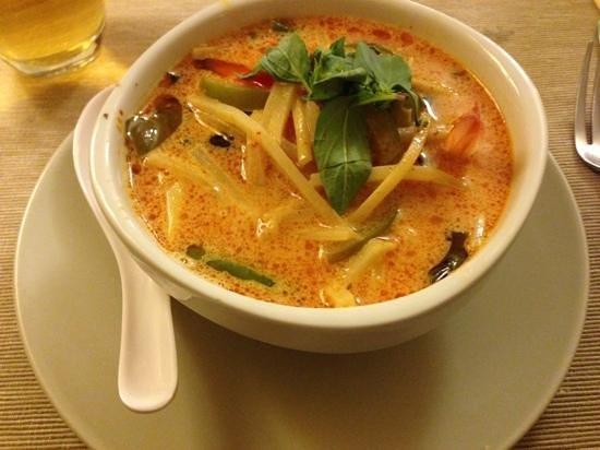 Soupe de crevettes au curry rouge et lait de coco - Soupe potiron lait de coco curry ...